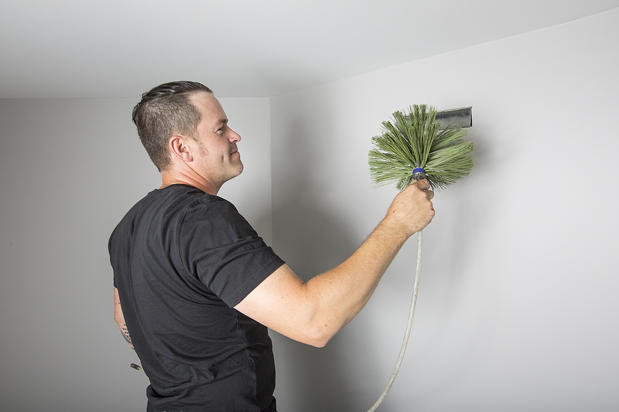 a ventilation cleaner man